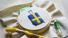 北欧ライフスタイルブランド innovator スウェーデンフラッグをモチーフにしたボディデザイン。 #スーツケース #suitcase #キャリーケース