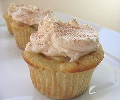 Apple pie cupcakes. LOVE apple pie!