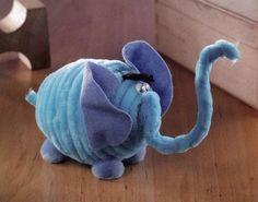 Figurine din sarma plusata - Elefantel albastrel