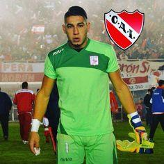 Milton Alvarez -->Arquero