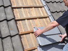 Kosten besparen met na isolatie die direct op de panlatten komt. RecaPan maakt het mogelijk zonder dat de pannen van het dak af hoeven.