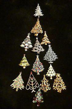 Vintage Jewelry Christmas Tree Pin
