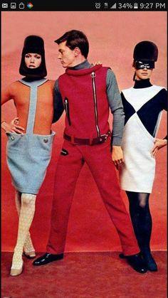 MOD - Women's & men's space-age fashion - by Pierre Cardin - Fashion design 1960s Mod Fashion, Sixties Fashion, Retro Fashion, Trendy Fashion, Vintage Fashion, Fashion Women, Fashion Trends, Twiggy, Pierre Cardin