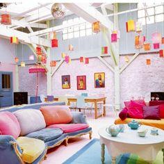 Precioso salón multicolor