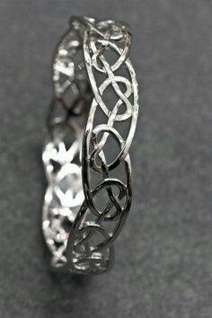 Love this bracelet <3