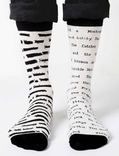 Lucci, Book Socks, Librarian Style, Gifts For Readers, Crazy Socks, Sock Shoes, Book Lovers, Must Haves, Sneaker