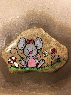 Cute Painted Rock Ideas #paintedrockideas #paintedrock #rockart #stoneart