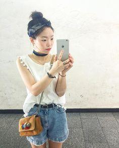 요즘 제일 귀찮은 게 화장이여  선크림눈썹치크립 꿑 ㅇㅅㅇ . #hanyou_outfit