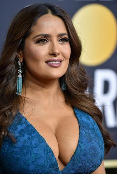 Salma Hayek's boobs are so huge. Omg are they big. Beautiful Female Celebrities, Gorgeous Women, Salma Hayek Pictures, Selma Hayek, Tight Dresses, Boobs, Sexy Women, Celebs, Actresses