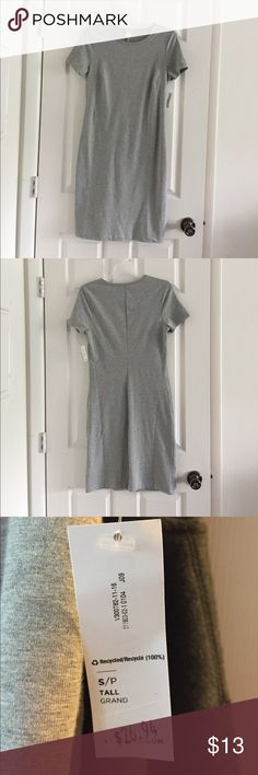 Dress Brand new with tags cotton and spandex gray dress. Online exclusive size small/tall. Comfortable for everyday wear or can be dressed up. Old Navy Dresses