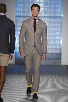 Browse Michael Bastian's Spring / Summer 2011 lookbook. Designer runway and lifestyle images, only available here at Michael Bastian NYC