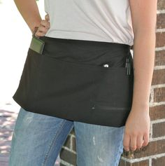 Left Handed Server Apron in Black With One Zipper, Two Large Pockets & Two Narrow Pockets