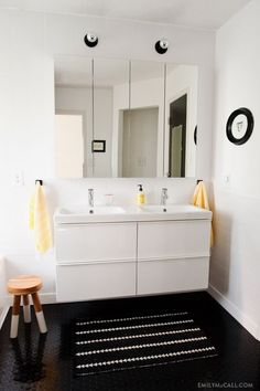Bathroom   Ikea Godmorgen Mirrors Across Back Wall #fixbthrmstorage