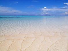 ハワイより断然こっち!鹿児島「百合ヶ浜」のサンドバーは最も天国に近い場所 | RETRIP 与論島