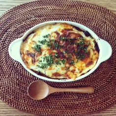 昨日のカレーに昨日のクロックムッシュのベシャメルソースとチーズをのっけて(^。^)wow!!! - 71件のもぐもぐ - カレードリア♪昨日のキーマカレーで(*^o^*) by okanakirom