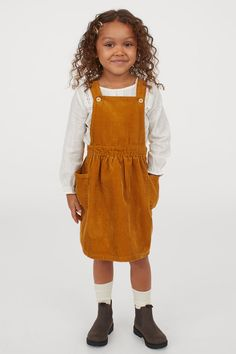 What To Wear Fall, How To Wear, Kids Dungarees, Fall Outfits, Kids Outfits, Corduroy Overall Dress, Overalls Outfit, Dungaree Dress, Family Photo Outfits