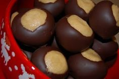 Buckeye recipe from the Buckeye State, how can you go wrong with chocolate and peanut butter???