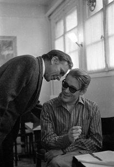 Richard Burton whispering to Peter O'Toole. Paris, 1967.