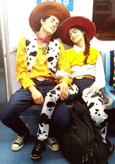 Couples Halloween Outfits, Scary Couples Halloween Costumes, Cute Couples Costumes, College Couple Costumes, Disney Couple Costumes, Most Creative Halloween Costumes, Toy Story Halloween Costume, Halloween Halloween, Group Halloween