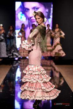 Colección 2012  por  Flamenka  en  Pasarela Flamenca 2012