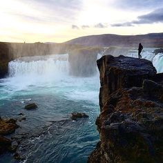 Amazing #goðafoss Photo by @weibot Thank you so much Wei for sharing this beautiful capture with us! Keep tagging your best  #Iceland shots #igersiceland for your chance to be our feature of the day. (at Goðafoss)