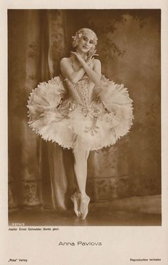Anna Pavlova, Famous Imperial Russian Ballet Prima Ballerina Exquisite Dying Swan Portrait Original RARE 1920s Art Deco Collectors Postcard!