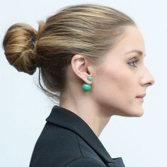 7 Struggles You Experience When Doing Your Hair In A Messy Bun Olivia Palermo Hair, Olivia Palermo Style, Braided Hairstyles Updo, Pretty Hairstyles, Updo Hairstyle, Prom Hairstyles, Perfect Messy Bun, Chignon Wedding, Bridesmaid Hair