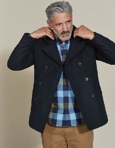 #Boden Richmond Reefer Navy Men Boden, Navy 40029531 #Weve taken the classic, double-breasted Reefer style and brought it bang up to date with a modern cut and contemporary details. It has a comfortable fit, so it can easily be worn over a chunky jumper or a suit, and is crafted from Melton wool to keep the chill out. Weve put plush quilting inside the body and sleeves, and added plenty of pockets (inside and out).