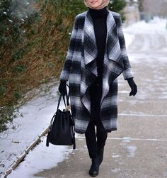 From Snowy days ❄️⛄️ Tap for details ! Modest Outfits, Modest Fashion, Hijab Fashion, Hijab Outfit, Ootd Hijab, Winter Overcoat, Queen, Plaid Scarf, Style Inspiration