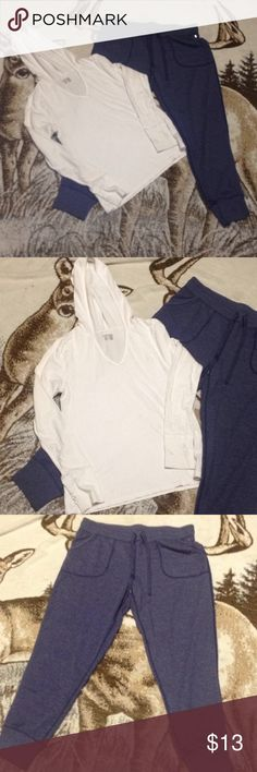 2 piece hoodie nd sweats Tee shirt hoodie nd sweat pants tee is by old navy size L nd pants r by Danskin size L many Pants Track Pants & Joggers