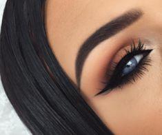 #Makeup #EyeMakeup #Eyeliner #PerfectBrowns #Browns #BrownsGoals #Girls #Girly #Goals #Eyeshadow #FalseLashes #Lips #Lipstick