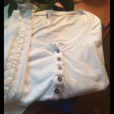 🎊HOST PICK🎊Free People Long Sleeve Top, Small Free People white tee with scalloped lace down outside of sleeves.  Gently used. Free People Tops Tees - Long Sleeve