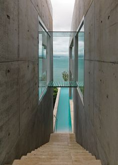 If It's Hip, It's Here: 30 Photos of The Spectacular Solis Home on Hamilton Island by Renato D'Ettorre Architects