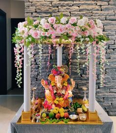 Birthday Decorations At Home, Diwali Decorations At Home, Stage Decorations, Festival Decorations, Flower Decorations, Flower Decoration For Ganpati, Ganpati Decoration Design, Ganesh Chaturthi Decoration, Janmashtami Decoration