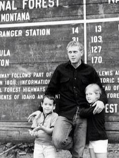Steve McQueen and kids Steven Mcqueen, Steeve Mac Queen, Steve Mcqueen Style, Cincinnati Kids, The Towering Inferno, Thomas Crown Affair, Indiana, Boys Republic, The Legend Of Heroes