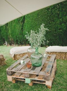 Pallet tables and hay bale seating for Carolina and Tati's relaxed Spanish village wedding with olive branch inspired elegant rustic charm // The Natural Wedding Company Deco Table Champetre, Wedding Company, Festival Wedding, Festival Garden Party, Rustic Decor, Rustic Charm, Country Decor, Garden Ornaments, Rustic Wedding