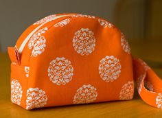 Small Toiletry Bag | Handmade by Fiona: August 2011