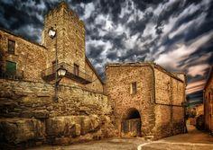 …y sus muy propios castillos medievales… | 41 razones por las que estudiar en España te arruinará de por vida