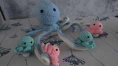 Maman pieuvre et ses quatre bébés : Chambre d'enfant, de bébé par hi-megi