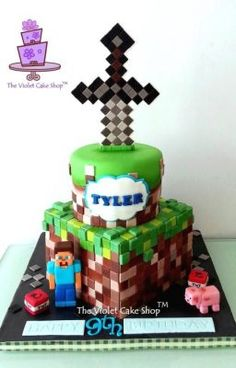 Oh Minecraft! Steps to Make Your Own Minecraft Sword Topper Bolo Fake Minecraft, Minecraft Torte, Pastel Minecraft, Minecraft Birthday Cake, Minecraft Sword, Minecraft Party Food, Minecraft Crafts, Minecraft Houses, Mine Craft Party