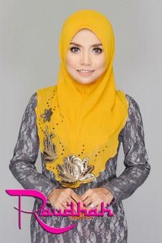 #raudhah shawl Head Scarfs, Neck Scarves, Hijab Fashion, Fashion Outfits, Womens Fashion, Hijab Style Tutorial, Hijab Style Dress, Hijabs, Neck Warmer