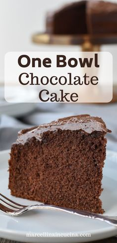 This homemade Chocolate Cake recipe is just as easy as a box cake but much more delicious! Topped with simple chocolate frosting, everyone will be asking for seconds! Chocolate Cake Recipe Easy, Chocolate Buttercream, Homemade Chocolate, Chocolate Flavors, Easy Cake Recipes, Baking Recipes, Apple Pie Cupcakes, Box Cake Mix, Pastries