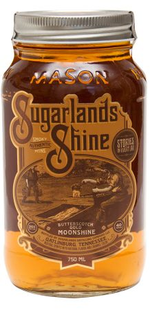 Butterscotch Gold | Sugarlands Distilling Company - Butterscotch Gold brings out tastes of brown sugar, caramel, and vanilla that informs memories of kettle corn at the county fair. Slight hazelnut notes and a lingering cream flavor contribute to a long finish that is welcome to stay. #butterscotchmoonshine