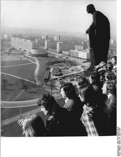 Dresden Prager Strasse & Rundkino April 1976