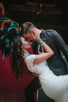 Southwestern Take On Frontier Lone Ranger Wedding | Photograph by Blest Photography  http://storyboardwedding.com/southwestern-frontier-lone-ranger-wedding/