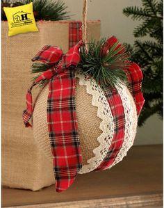 Dolcissimo decoro Country Chic con Fiocco per l' Albero di Natale della Tartan Fancy Collection