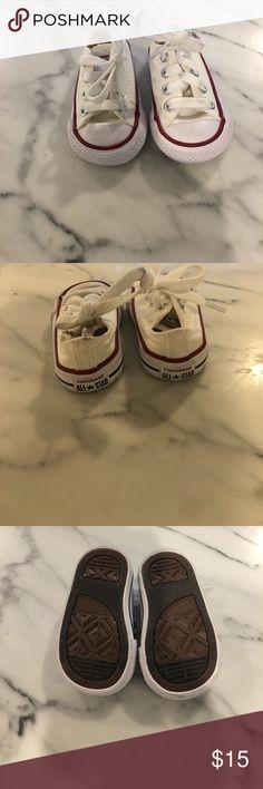 Converse white size 2 baby shoe Converse white size 2 baby shoe Converse Shoes Baby & Walker