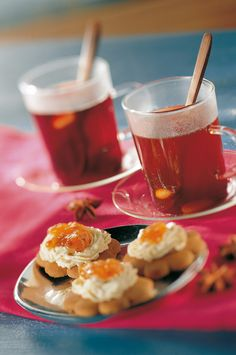 Vaalea teeglögi | K-ruoka #joulu #juoma Panna Cotta, Thanksgiving, Drinks, Tableware, Winter, Hot, Ethnic Recipes, Christmas, Natal