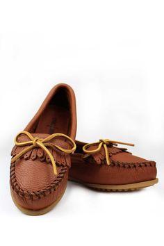 Deerskin Soft - T by Minnetonka #EsLaVidaShoes #ShopEsLaVida #EsLaVidaNY #EsLaVida