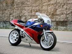 Honda RC30. One of these.....